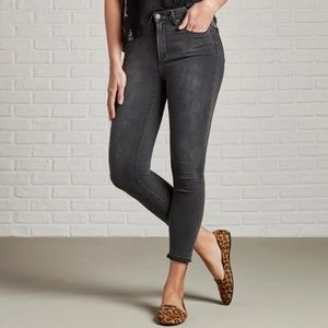 Articles of Society Cropped Skinny Released Hem